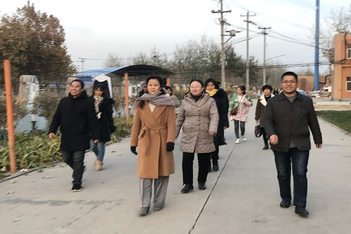 人文分工会分健步走活动照片1.jpg
